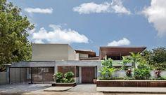 Contemporary House by Khosla Associates