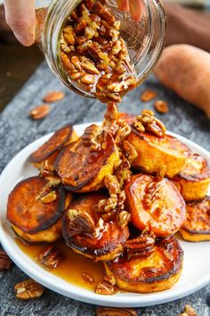 Maple Pecan Melting Sweet Potatoes Recipe : Crispy on the outside, melt in your mouth on the inside sweet potatoes covered in a maple pecan sauce! Sweet Potato Pecan, Sweet Potato Recipes, Potato Ideas, Thanksgiving Desserts Easy, Vegan Recipes, Cooking Recipes, Cooking Fish, Maple Pecan, Pasta