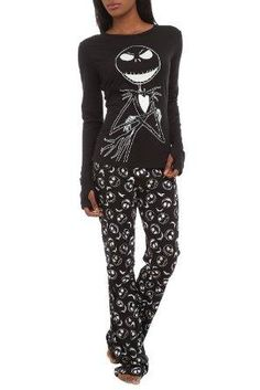 The Nightmare Before Christmas Jack Glow-In-The-Dark Jersey Pajama Set - 172982 from Hot Topic. Saved to Wanna Be Closet. Lazy Day Outfits, Cool Outfits, Nightmare Before Christmas, Jack The Pumpkin King, Grunge, Christmas Pajamas, Christmas Clothes, Jack Skellington, Disney Outfits