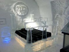 The Majestic Beauty of Quebec City's Ice Hotel [Picture Gallery]  Be sure to check out the other pics at the link!!!