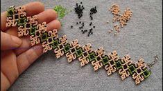 Beaded Flowers Patterns, Beaded Bracelet Patterns, Beading Patterns, Embroidery Bracelets, Diy Bracelets Easy, Bead Loom Bracelets, Beaded Necklaces, Bead Earrings, Blue Nails