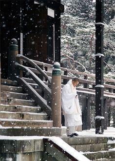 thekimonogallery:   Buddhist monk leaving prayer at Danjo Garan, Koya-san, Japan. Photography by heeeeman of devianart