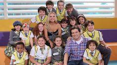 Eliana e Portiolli visitam a Escola Mundial