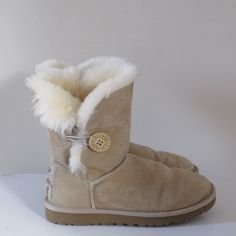 SORAYA´S CLOSET UGG WOMENS BAILEY BUTTON BOOTS Ugg Boots, Uggs, Button, Closet, Shoes, Women, Fashion, Ugg Slippers, Armoire