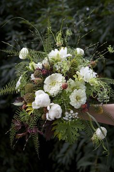 What is special about a woodland wedding is that you are trying to create a real forest atmosphere, a natural or a fairy tale one. That's why every detail including your wedding bouquet is to remind of it, so have a look at different leaves. Turquoise Wedding Flowers, Cheap Wedding Flowers, Bohemian Flowers, Rose Wedding Bouquet, Floral Wedding, Boquet, Bride Flowers, Cut Flowers, Boho Wedding