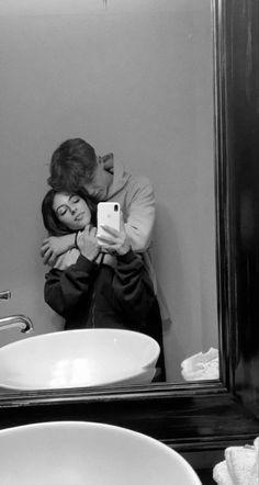 Photo Couple, Couple Pics, Cute Couple Pictures, Cute Couples Photos, Cute Couples Goals, Couple Goals, Boyfriend Goals, Future Boyfriend, Country Relationships