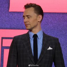 Tom Hiddleston attends the premiere of Kong Skull Island in Beijing, China on March 16 2017. Source: Torrilla. Higher resolution image: http://ww4.sinaimg.cn/large/6e14d388ly1fdoxqbp2fmj20zk0zkqco.jpg