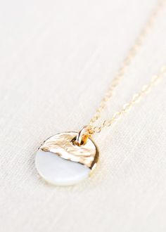 Aala shell necklace gold necklace gold strand necklace gold pendant necklace hawaii jewelry mother of pearl necklace gift for mom Jewelry loves Gold Jewelry, Jewelry Accessories, Fine Jewelry, Fashion Accessories, Metal Jewelry, Bridal Jewelry, Jewelry Design, Gold Pendant Necklace, Strand Necklace
