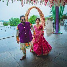 This Sabyasachi bride's Offbeat Mehendi look is breaking the internet! Lehenga Skirt, Pink Lehenga, Bridal Lehenga, Lehenga Choli, Saree, Sabyasachi Bride, Bridal Hairdo, Wedding Stage Decorations, Pink And White Stripes