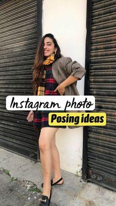 Creative Fashion Photography, Fashion Photography Poses, Fashion Poses, Self Portrait Poses, Studio Photography Poses, Ideas For Instagram Photos, How To Pose, Girl Photo Poses, Selfie Poses