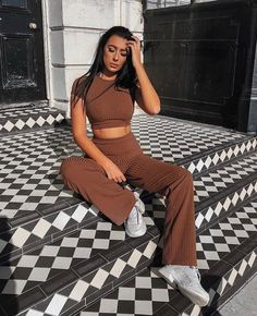 Brown Crop Ribbed Two Piece Co-ord Set - Suzi Co Ords Outfits, Brown Outfit, Loungewear Set, Mode Vintage, Vintage Vogue, Mode Streetwear, Two Piece Outfit, Cute Casual Outfits, Suits For Women