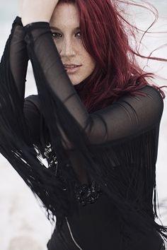 Charlotte Wessels – Delain « Femme Metal Webzine