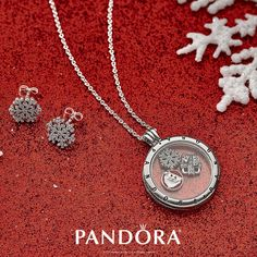Celebrate the magic of the holidays with PANDORA Jewellery. Create a tradition of style that will excite for years to come!