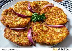 Placičky ze syrového květáku, slaniny a jogurtu recept - TopRecepty.cz