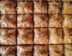 Walnut Recipes, Honey Recipes, Greek Recipes, Baclava Recipe, Portokalopita Recipe, Baklava Dessert, Dessert Bars, Greek Yogurt Cake