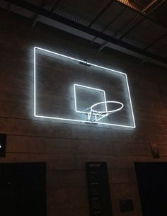 Play in the Dark: Neon basketball hoop ! This is perfect with the neon balls and gloves ! We have to do it senior year one time S Upchurch Taylor Richardson Francine Stepp Bühnen Design, Sport Bar Design, Interior Design, Vive Le Sport, Ouvrages D'art, Foto Sport, Neon Licht, Instalation Art, Hoop Dreams