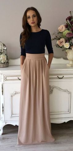fashion | Classy navy shirt with high waisted neutral maxi skirt