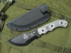 The Tracker, a knife designed by Tom Brown, Jr, a respected tracker and wilderness survival expert.
