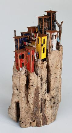 Up High - driftwood - 42 x 21 x 10 cm - Eric Cremers | €450