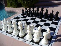 12 King Garden Chess Set