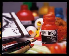 Liquitex Acrylic Ink is a fine art acrylic. Permanent, water resistant and non-clogging, it' s ideal for ink painting techniques, pen and ink and ink stamping. Discount Art Supplies, Camera Lucida, Liquitex, Watercolor Effects, Fluid Acrylics, Fabric Painting, Art Techniques, Hot Sauce Bottles, Art Tutorials