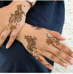 Henna Hand Designs, Mehndi Designs Finger, Floral Henna Designs, Latest Henna Designs, Arabic Henna Designs, Modern Mehndi Designs, Mehndi Design Photos, Beautiful Henna Designs, Mehndi Designs For Fingers