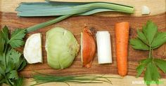 Hast du etwas Kohlrabi oder eine Karotte zu viel? Mit diesem Trick planst du vor und produzierst deine eigene, gesunde Instant-Suppe für fast 0 Euro.: