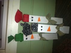 My sister and I made these 2x4 snowmen this weekend. They are so cute!