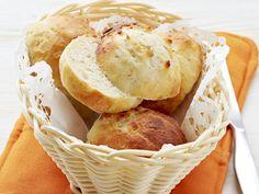 Rahkasämpylät - Reseptit Snack Recipes, Cooking Recipes, Snacks, Chips, Bread, Food, Snack Mix Recipes, Appetizer Recipes, Appetizers