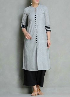 Buy Grey Black Mangalgiri Cotton Kurta by Maati Crafts Apparel Tunics Salwar Designs, Kurta Designs Women, Dress Neck Designs, Designs For Dresses, Blouse Designs, Mode Bollywood, Kurta Patterns, Hijab Stile, Woman Clothing