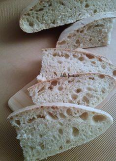 Pane con esubero di pasta madre Rustic Bread, Pan Dulce, Ciabatta, Biscotti, Sweet And Salty, Gnocchi, Gelato, Vegan Recipes, Kefir