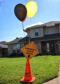 Outside decor for construction party {HAVE}