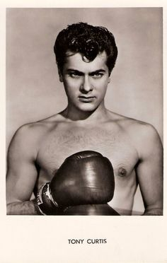 Tony Curtis - 45 Pics of Hollywood Hunks Laid Bare: Vintage Hollywood, Hollywood Glamour, Hollywood Stars, Classic Hollywood, Vintage Glam, Tony Curtis, Cinema, Classic Movies, Best Actor