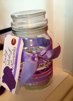 Memory jar DIY/thoughtful gift Made this for my sister for her 30th birthday! Asked everyone to add a note with either a memory or loving words on.  Fran Bradshaw.