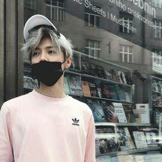 Oh ~ Omegaverse[Traducción ESP] - ulzzang boy - Info Korea Cute Asian Guys, Cute Korean Boys, Asian Boys, Asian Men, Cute Guys, Korean Boys Ulzzang, Korean Men, Ulzzang Girl, Beautiful Boys