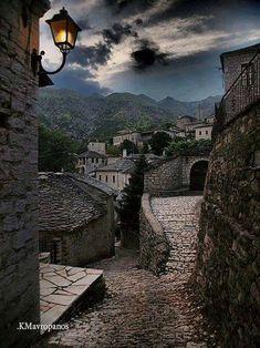 Νύχτα στο Συρράκο, Ιωάννινα. #syrako #ioannina #epirus Φωτογραφία του Kostas ...