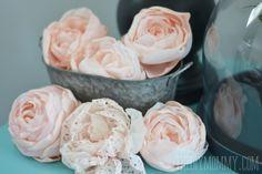 Tutorial per realizzare un bellissimo bouquet di fiori con il tessuto