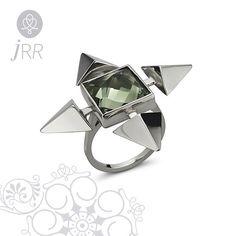 Para viver uma vida criativa devemos perder o medo de errar.  Anel Urbis em prata e prasiolita.  _____________________________________________  #joiasrenatarose #renatarosedesignerdejoias #joias #joalheria #jewels #designdejoias #joiacontemporanea #designmakers #design #stones #instajewelry #jewelrygram #instagood #ootd #instacool #awesome #bestoftheday #love #fashion #fashionista #glamour #tendencia #instafashion #euquero #achochic #trend #trendy #estilo