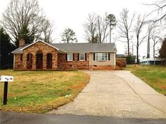 20 popular charlotte home sales images charlotte nc home values rh pinterest com