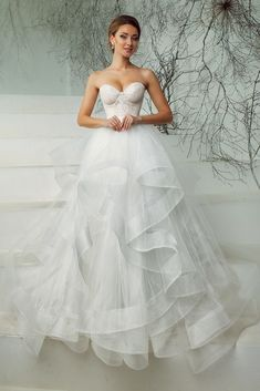 Wedding Dresses Trends To Lookout For Personal Wedding - Sensational Wedding Gown For Your Wedding Day