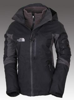 The North Face Women's Gore-Tex 3 in 1 Triclimate Jacket Black $169.00