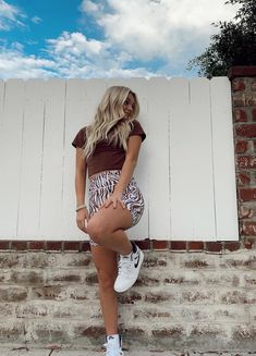 Summertime Outfits, Summer Outfits, College Looks, Cool Outfits, Fashion Outfits, Insta Photo Ideas, Her Style, Celebs, Style Inspiration