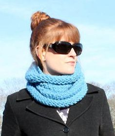Audrey Hepburn Scarf AllFreeKnitting.com - Free Knitting Patterns, Knitting Tips, How-To Knit, Videos, Hints and More!