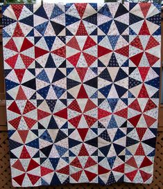 Kaleidoscope quilt...gathering ideas for my stack of Happy Campers