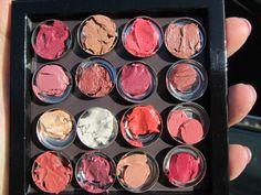 Egyedi rúzspaletta [rúzsok + fémtégelyek + Z Palette]    http://koidrogeria.hu/termek/ures_femtegelyes_magneses_paletta.html