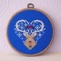 Christmas in July: Cross Stitch Patterns to Start Today: Christmas Reindeer