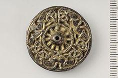 Viking buckle / Gotland Viking Life, Viking Art, Viking Jewelry, Ancient Jewelry, Real Vikings, Norse People, Metal Detecting Finds, Viking Designs, Ancient Vikings