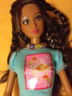 Rare-TOKYO-POP-Japan-FASHION-FEVER-KAYLA-Barbie-Doll-Braids-White-Highlights