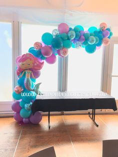 Merry Christmas to one of my favourite clients. It's always a pleasure to decorate for your girls Sofia xx #organicarch #balloonarch #confettiballoonscanberra #mermaidballoons #partyballoonscanberra #canberra #yachtclubcanberra #balloonscanberra #canberraballoona #act #cbr #BalloonBrilliance