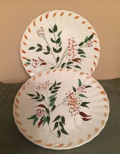"""Blue Ridge China Southern Potteries """"Autumn Berry"""" Pattern Set Of Plates Pints, Pottery Painting, Southern Charm, Blue Ridge, Company Names, Light In The Dark, Dinnerware, Bowls, Berry"""